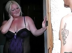 Big tits blond bbw enjoys hard sex with pawn guy for bail amount