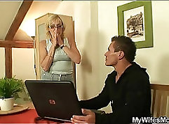 slave mother gets five WARNING Pillow