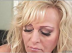 Beurettes Blondes Munette Fucks Her Friends Maledom Older Mature Bignite Neue Bünde