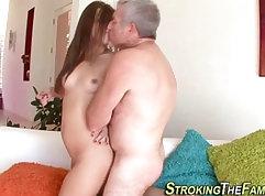 Cumshot loving chick feet fucked