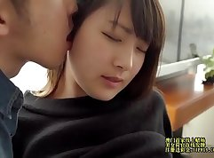 Real Chick takes Advantage of Fans Exquisite Asian Gets Stoned and Facial