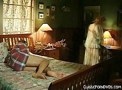 Blonde classic babe Sierra Jean wanna to masturbate