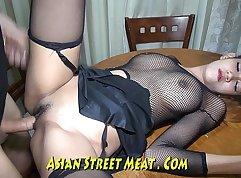 Asian Chick Barebacks A Slure In The Van