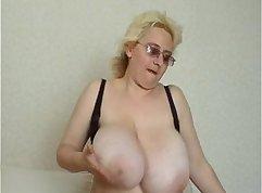 Classy Mature Russian Brunette Gets Doubleded