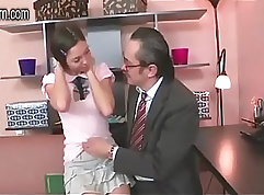 Britpopa catches her husband with a younger Cock