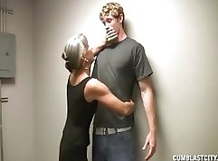 Cuckolding granny gets facialized while Tory Lane fills her mouth